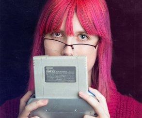 Автор Analogue: A Hate Story представила игру с сотней букв в названии