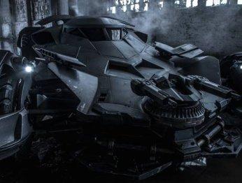 В Эквадоре построили копию Бэтмобиля из «Бэтмена против Супермена»