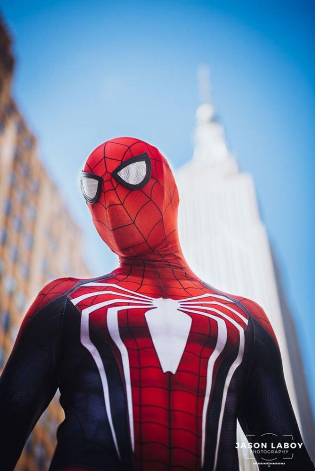 Косплей Человека-паука в его естественной среде обитания - Изображение 6