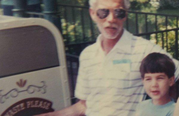 Американец попросил $17,25 тыс. на платформер о покойном отце - Изображение 2