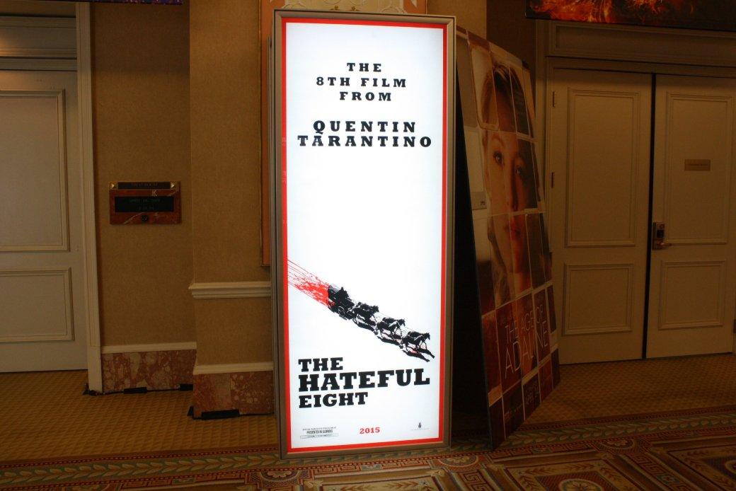 Новые постеры с CinemaCon и фото с площадки «Дэдпула» - Изображение 14