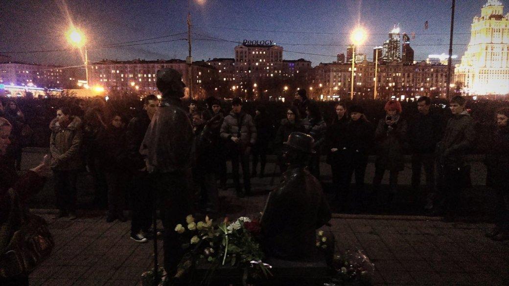 Как Москва прощалась с сэром Терри Пратчеттом - Изображение 3