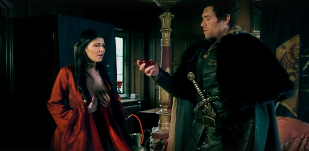 Джон Сноу убивает Джейме Ланнистера впорно по«Игре престолов». - Изображение 15