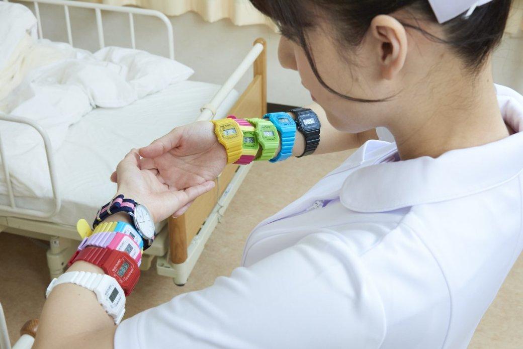 Японская медсестра делает странные вещи нафото - Изображение 1