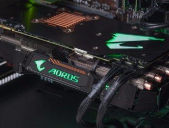Зачем ее еще иразгонять?! Обзор Aorus GTX 1080 TiXtreme Edition 11G