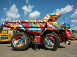 90-тонный БелАЗ разукрасили в цвета World of Tanks