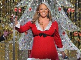 Рождественская песня Мэрайи Кэри впервые за 25 лет возглавила крупнейшие чарты