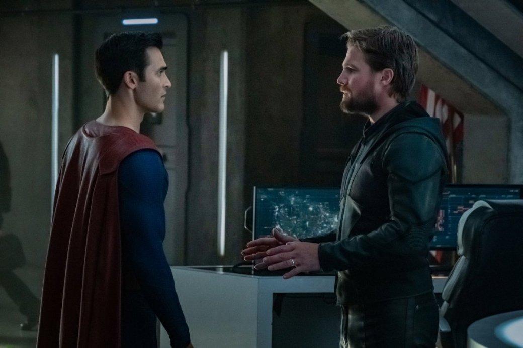 Супергерои собрались вместе на новых кадрах из «Кризиса на Бесконечных Землях»   Канобу - Изображение 4179