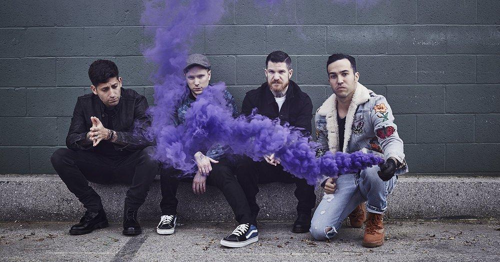 Микстейп. 20 лучших песен Fall Out Boy. - Изображение 1
