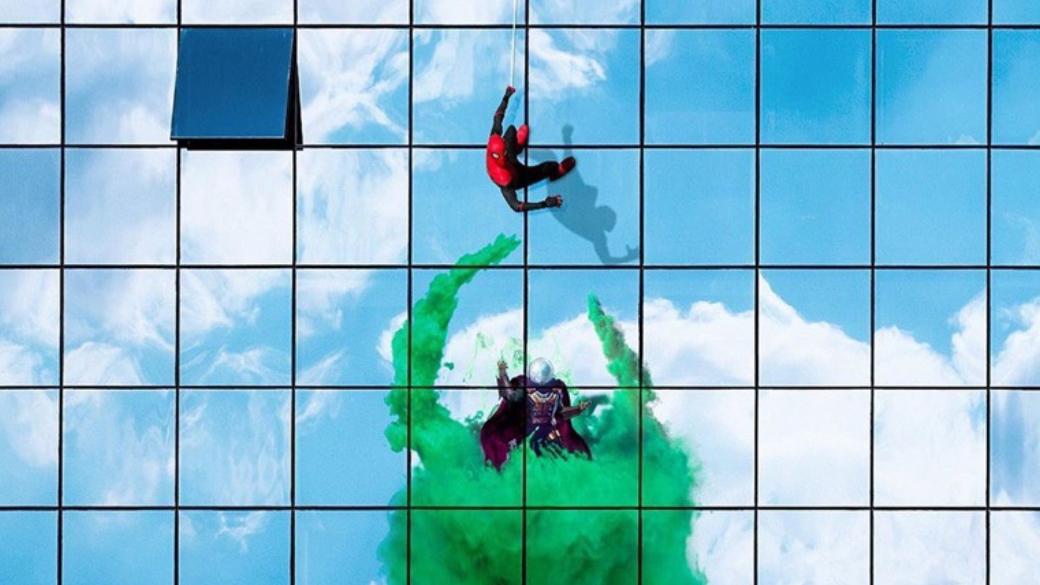 5 самых крутых фанатских теорий офильме «Человек-паук: Вдали отдома» | Канобу - Изображение 10