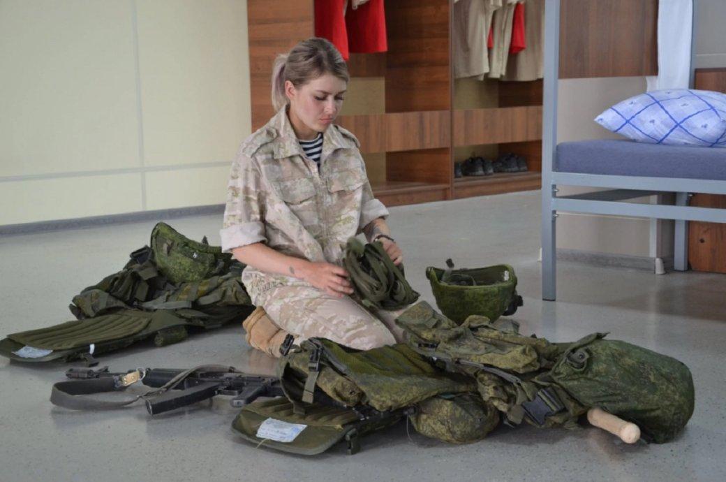 Первый взгляд на реалити-шоу «Солдатки». Военизированный «Дом 2» с камуфляжем и берцами | Канобу - Изображение 9058