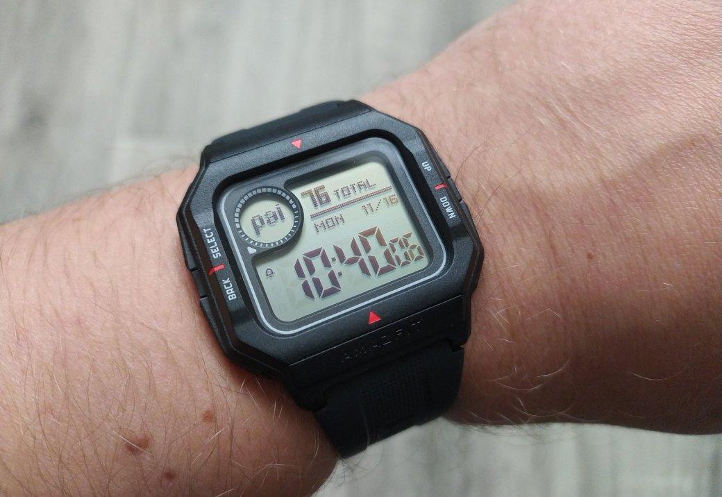 Обзор Amazfit Neo: бюджетный долгоиграющий фитнес-трекер вкорпусе ретро-часов | Канобу - Изображение 11493